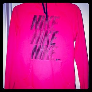 Women's Nike therma fit pullover